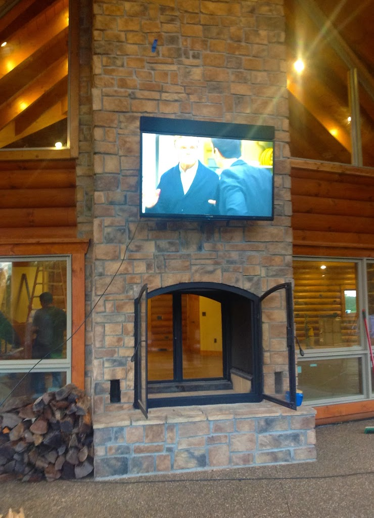 Custom see through outdoor indoor wood burning fireplace for Back to back indoor outdoor fireplace