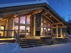 HR 36 Exterior Tordrillo Mountain Lodge 2