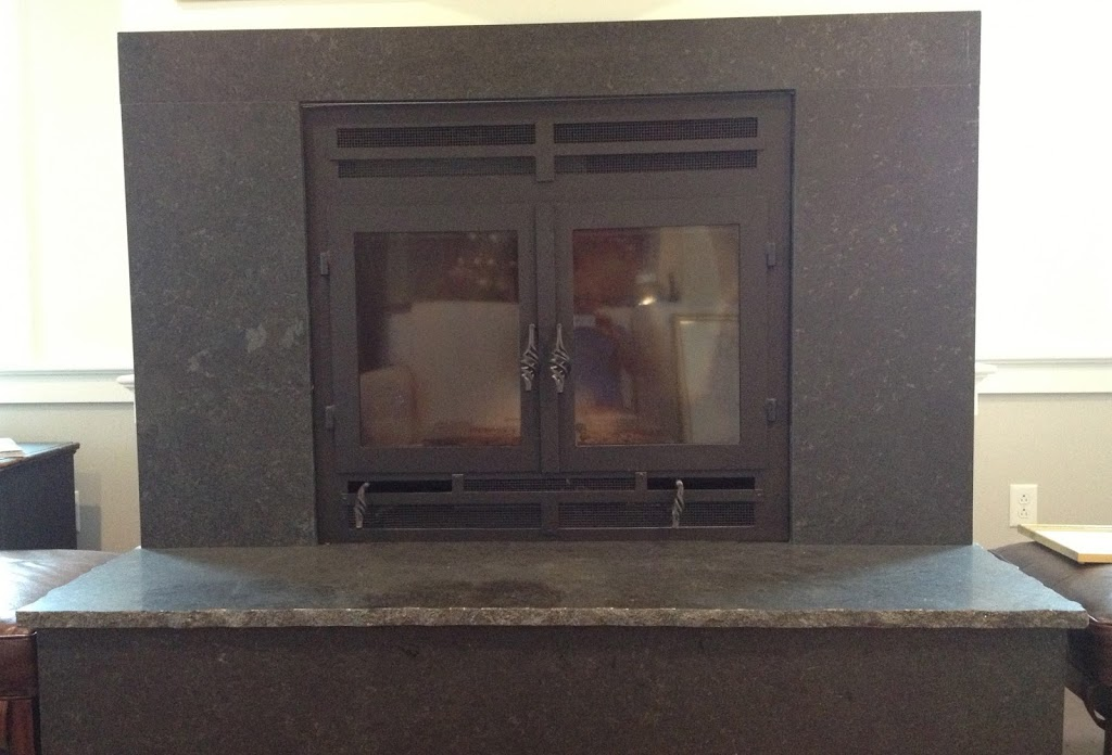 Wood rectangular fireplace