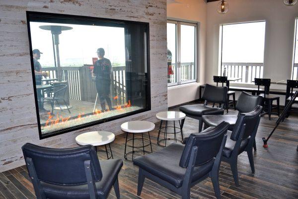 Acucraft-Custom-Gas-Indoor-Outdoor-Fireplace-Taco-Bell (7)