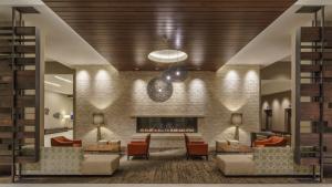 linear gas fireplace in hyatt regency hotel lobby