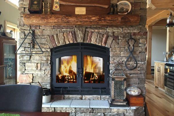 acucraft-heaarthroom-see-through-wood-burning-fireplace