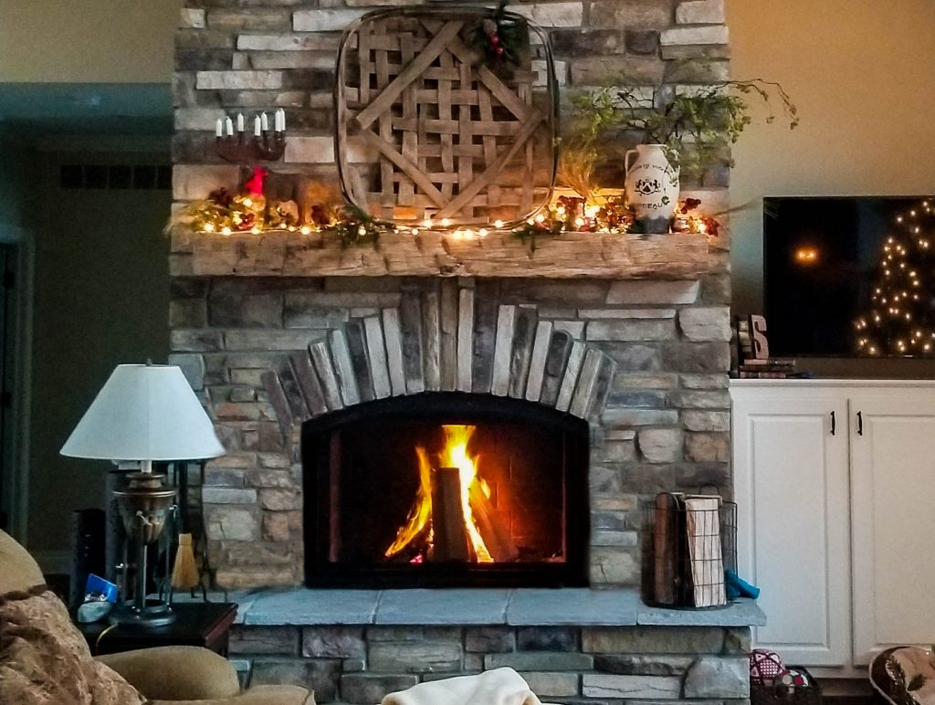 gas-vs-wood-burning-fireplace-experience