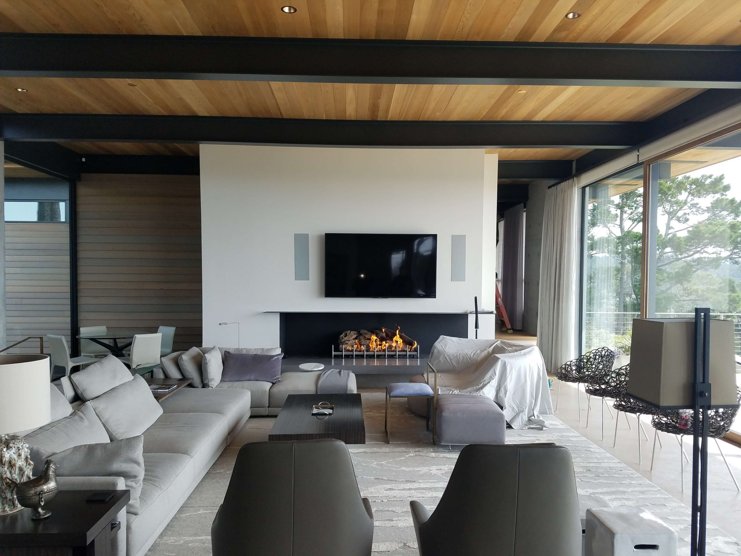 Acucraft Custom Wood Front Right Fireplace