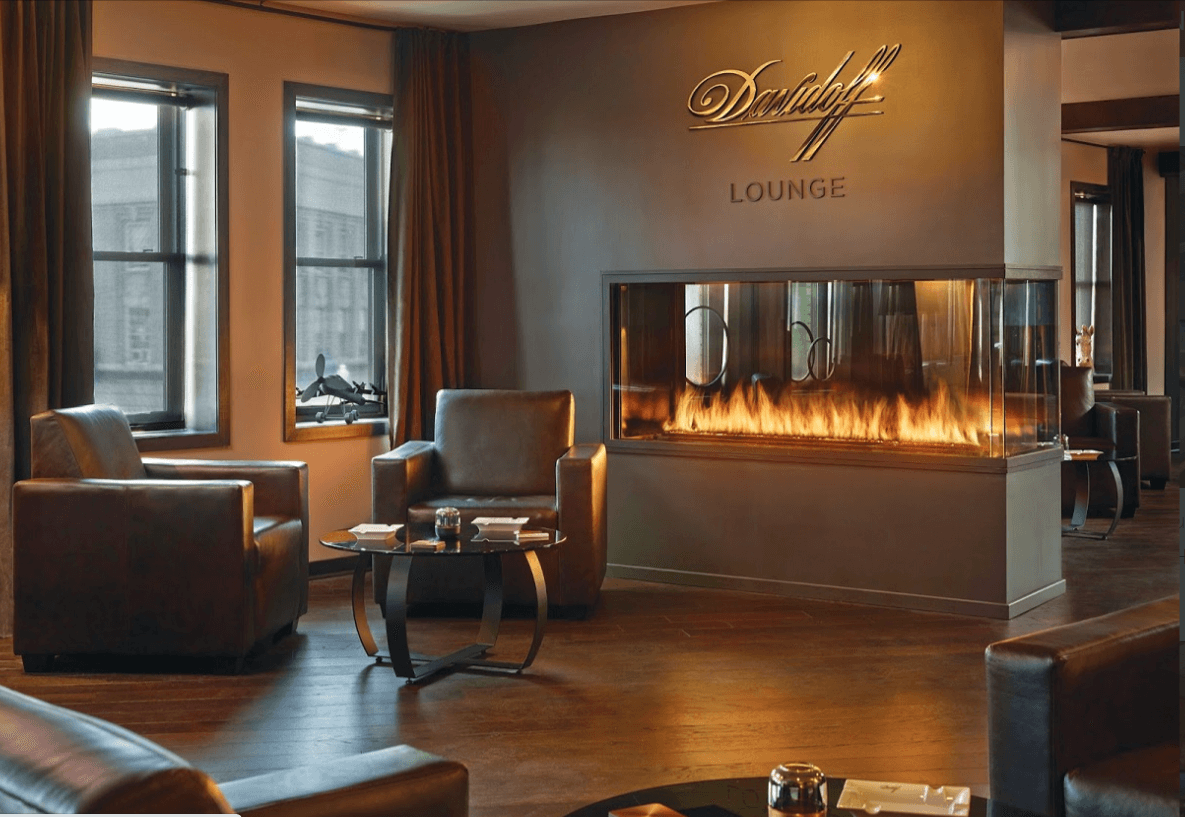 Peninsula gas fireplace in a hotel lobby