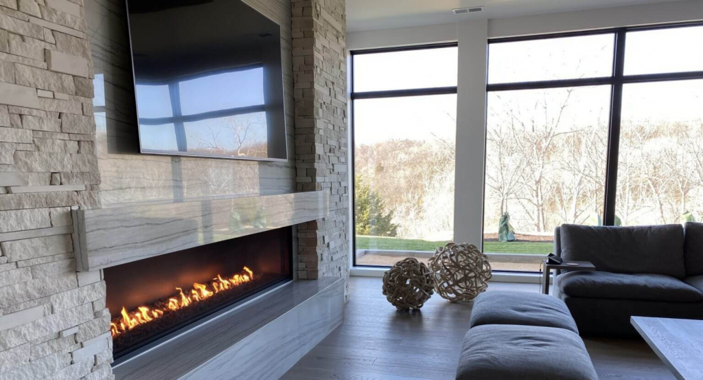 Image of a linear open gas fireplace