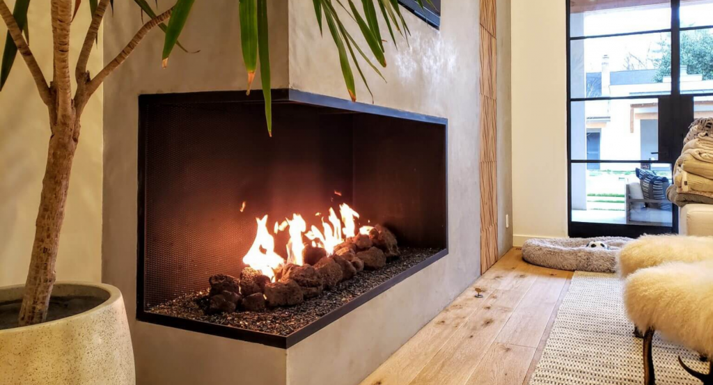 image of an open gas panoramic fireplace