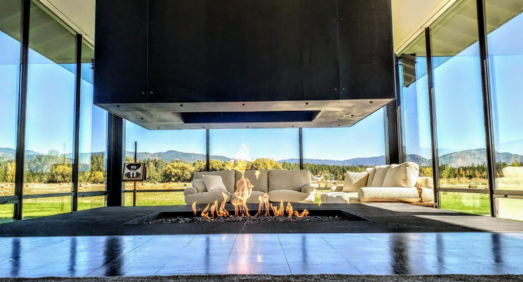 Image of a completely open gas fireplace without glass