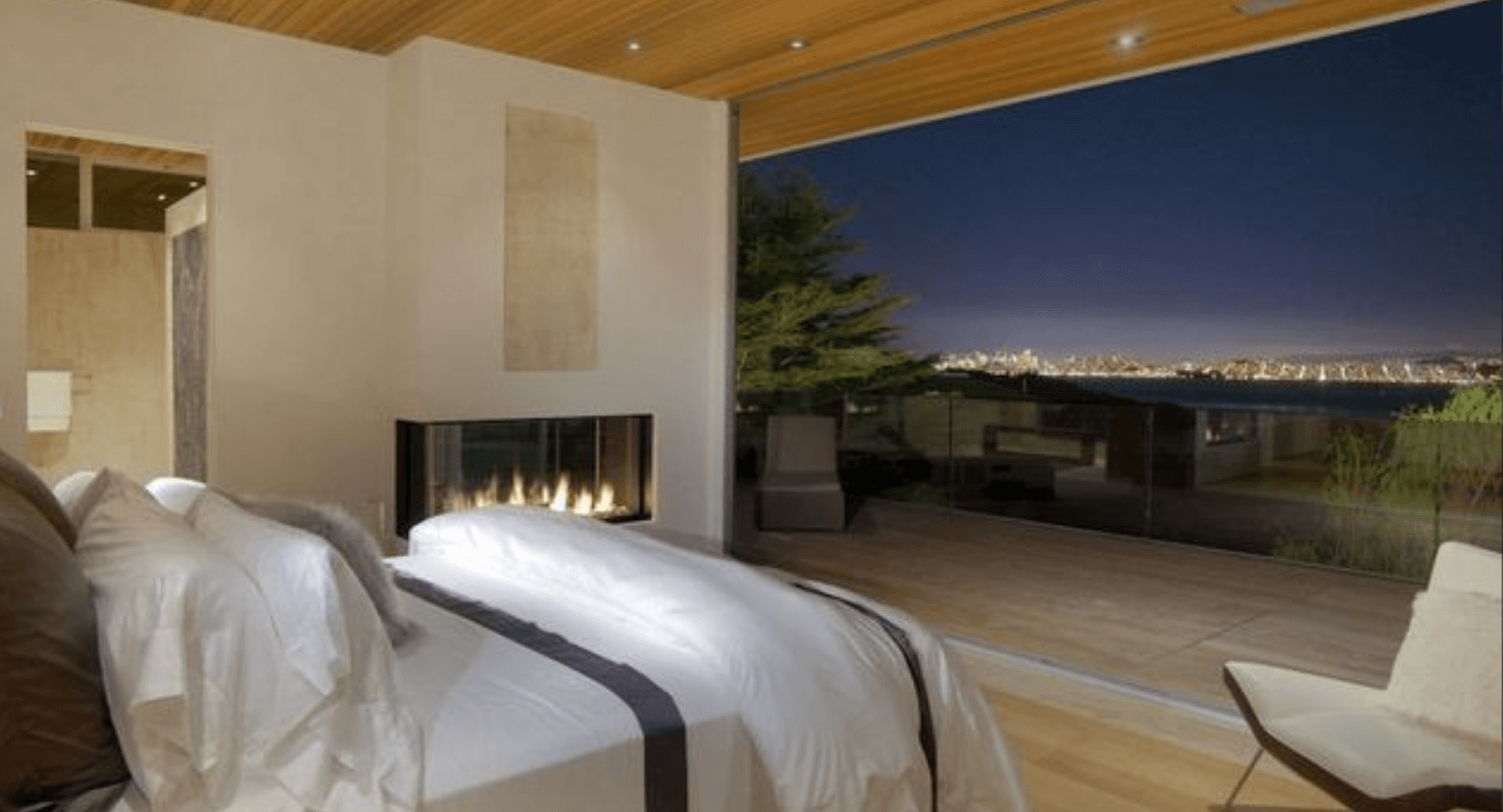 Hotel bedroom ideas that have large windows for sweeping views